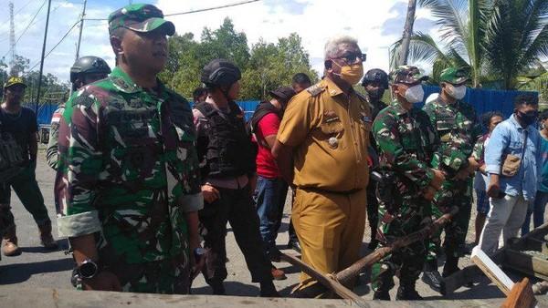 Ayah Korban Dugaan Penembakan di Poumako Papua Minta Ganti Rugi Rp 5 M