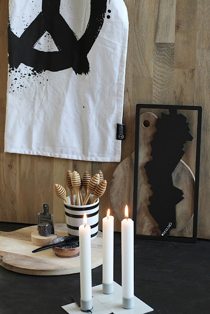 annelies design, webbutik, webbutiker, webshop, nätbutik, inredning, grytunderlägg, underlägg, kökshandduk, peace, ljusstake, square, ljusstakar, svartvit, svartvita, svart och vitt
