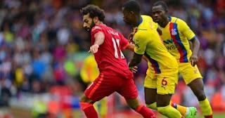 قاد النجم المصري محمد صلاح ليفربول للفوز 3-صفر على كريستال بالاس