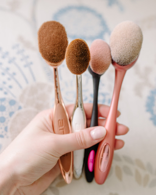 Review: Real Techniques vs Artis Oval Makeup Brushes