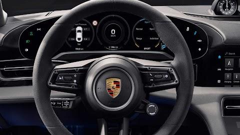 Közös fejlesztéseket indít a Porsche és az SAP
