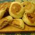Chiftelute din carne tocata in aluat rumenite la cuptor -sau chifla de casa umpluta