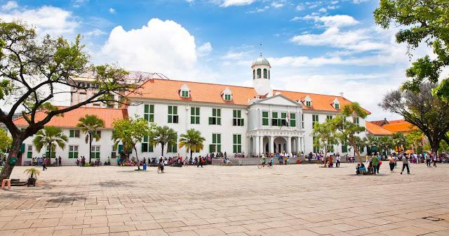 Taman Fatahillah Warisan Sejarah Indonesia