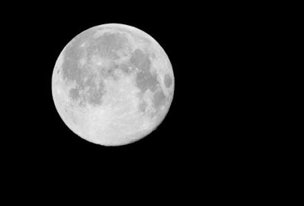 ΝASA : Πυρετώδεις προετοιμασίες για μεγάλη αποστολή στη σκοτεινή πλευρά της Σελήνης
