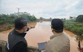 Wilayahnya Kebanjiran, RK: Yang Kami Janjikan Mengurangi, Kalau Menyelesaikan Wallahualam