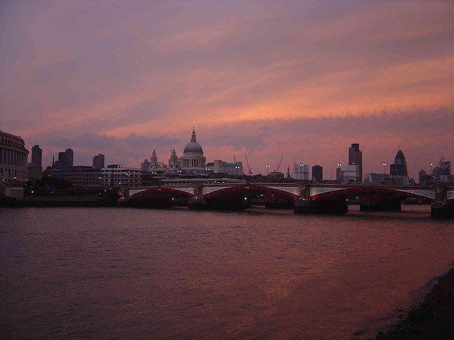 Bagaimana Cara Menjadi Travel Blogger