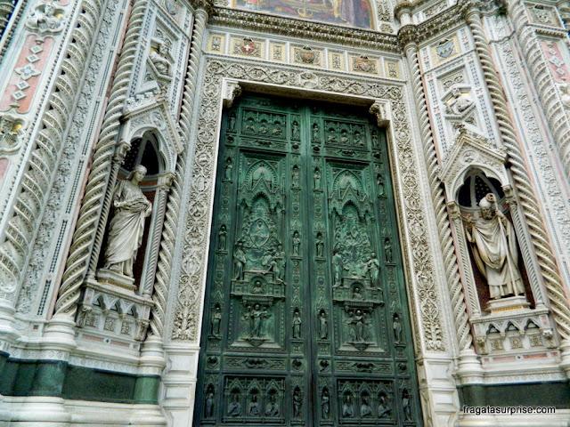 Porta de bronze da Catedral de Florença