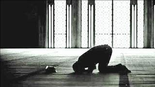 Jangan tinggalkan sholat, walau kamu banyak dosa