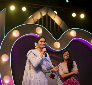 Keerthy Suresh Techofes Awards 2018 2