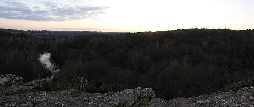 Saint-just, Landes de Cojoux, coucher de soleil sur l'Etang du Val