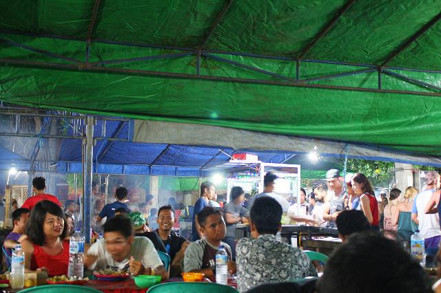 makan murah di gili trawangan