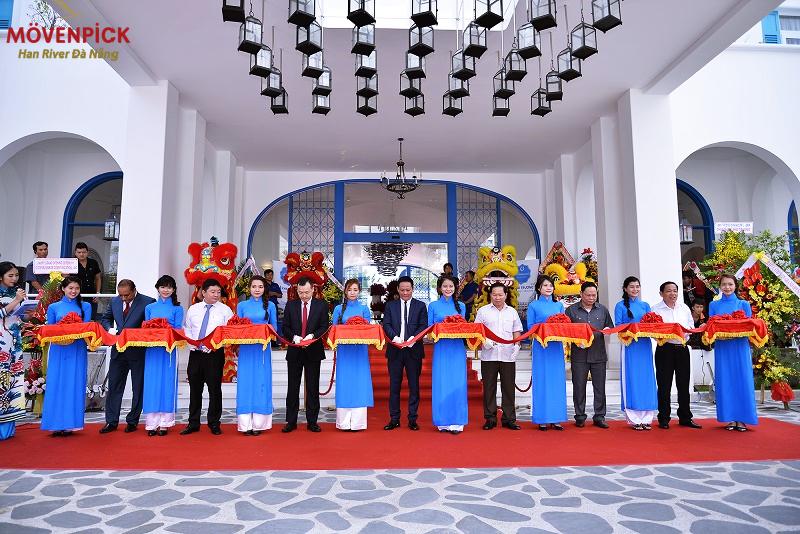 Cắt băng khởi công chính thức dự án Movenpick Đà Nẵng