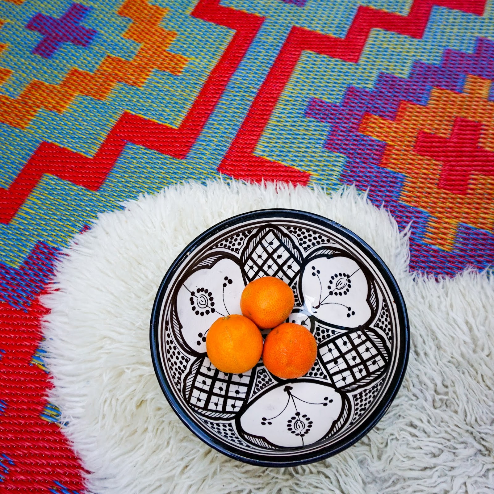 Bohemian Outdoor Space, bright bohemian patio, small outdoor space Inspiration, bohemian outdoor space inspo, colorful outdoor spaces, colorful outdoor space ideas, boho outdoor spaces, outdoor spaces hammocks, small  outdoor space with hammock, hammock outdoor spaces, colorful patio ideas, boho backyard ideas, colorful bohemian outdoor spaces, sustainable outdoor rugs, recycled plastic outdoor rugs, Wayfair outdoor furniture , sustainable outdoor furniture
