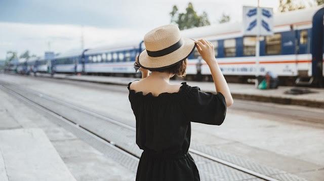 Trang phục khi đi tàu hỏa