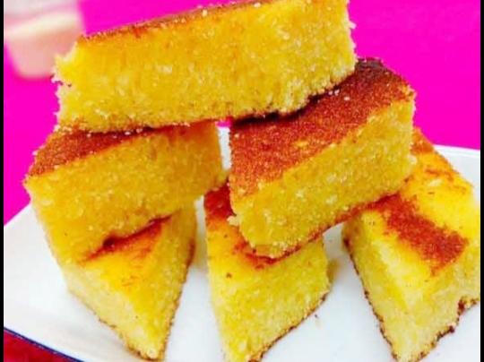 ঘরেই সহজে তৈরি করুন তুলতুলে নরম সুজির দিয়ে কেক :Easy to make soft semolina cake at home: