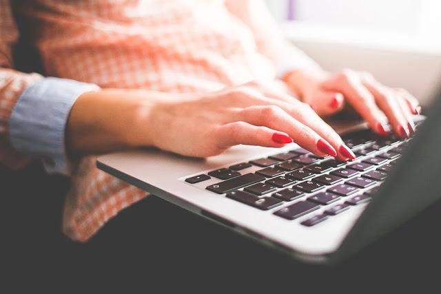 Is Blogging Still A Lucrative Job?