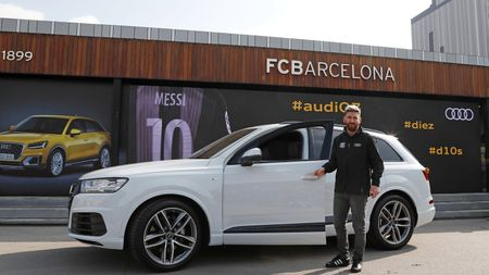 Lionel-messi-car-collection-Audi-Q7