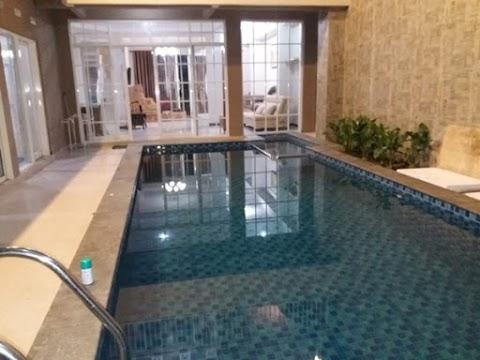 Villa 7 Kamar Tidur Fasilitas Kolam Renang Private - Perum Kusuma Agro