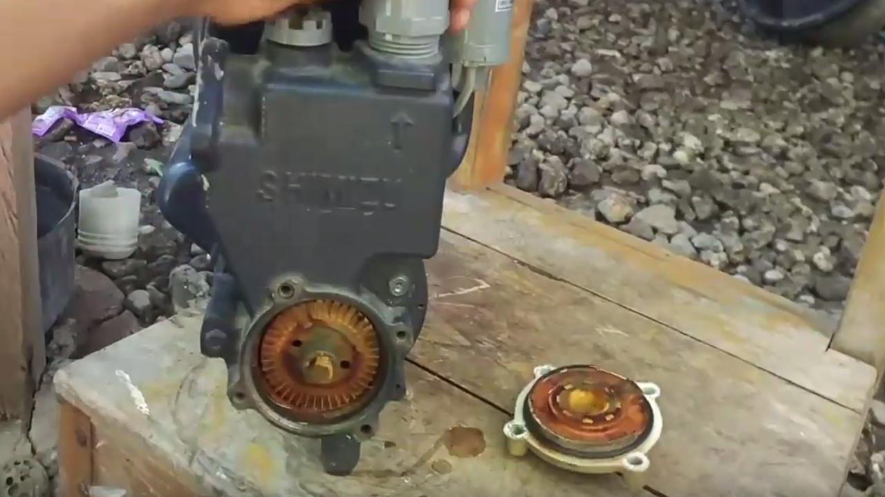 Memperbaiki pompa air mati tidak berputar getar dengung ...