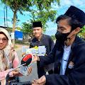 Sambut Maulid, Syahamah Aceh Bagikan Makanan Ke Pengguna Jalan
