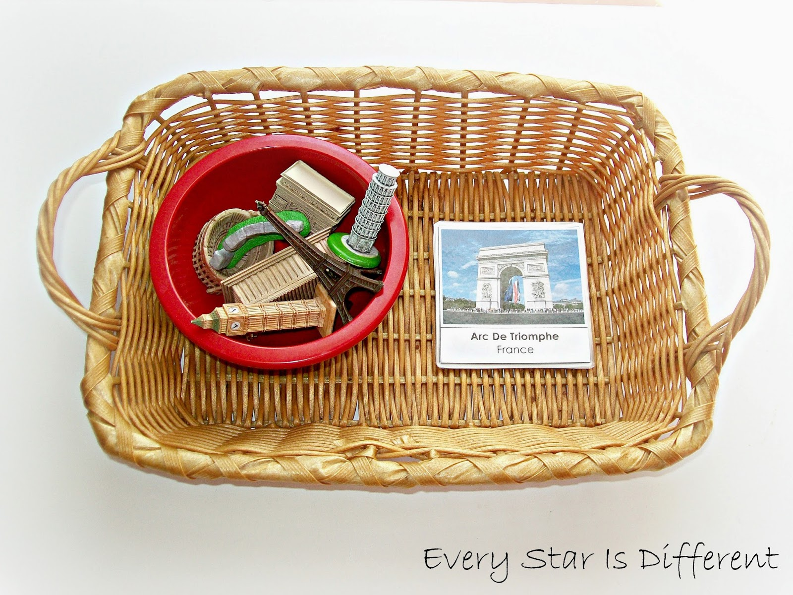 Landmarks of Europe Activity for Kids (free printable)