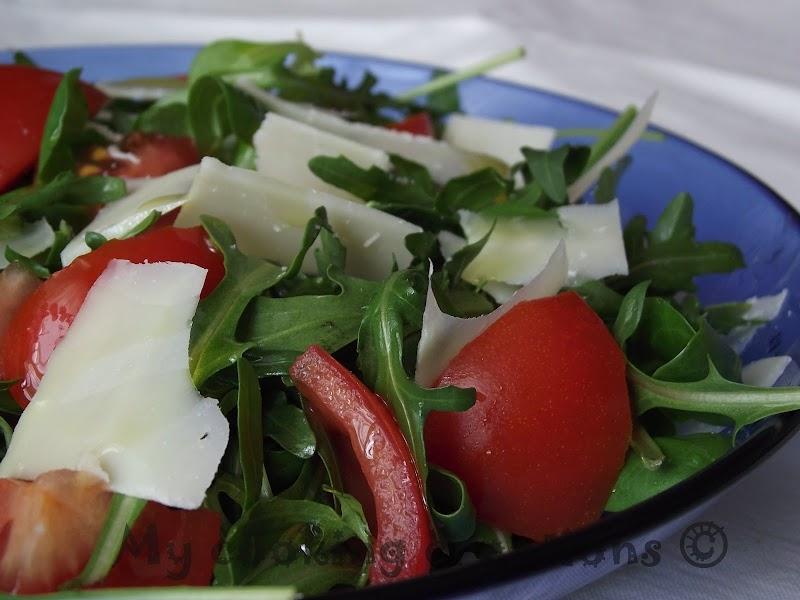 Салата с рукола и чери домати * Insalata rucola e pomodorini