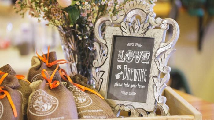 Pilih 6 Souvenir di Hari Pernikahanmu ini biar unik dan berkesan, souvenir pernikahan murah meriah di jatinegara jakarta, souvenir pernikahan grosir, souvenir pernikahan gelas murah, harga souvenir pernikahan terbaru, souvenir pernikahan unik dan bermanfaat, jual biji kopi, biji kopi terbaik di dunia, biji kopi untuk espresso, biji kopi excelso, biji kopi gayo, biji kopi luwak, biji kopi robusta, biji kopi panas