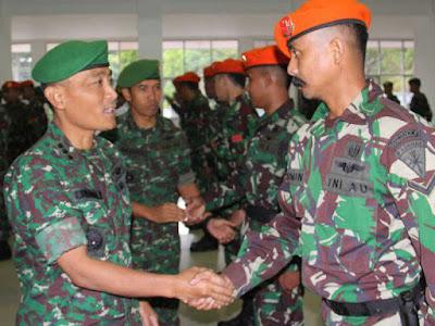 Joko Hadi Susilo Pimpin Upacara Penerimaan Satgas TNI AU BKO Kodam Cenderawasih