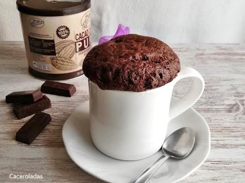 Mug Cake de chocolate - Receta 2 minutos en microondas