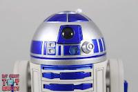 S.H. Figuarts R2-D2 14