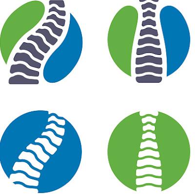 Penyakit skoliosis adalah sebuah kondisi mempengruhi punggung sehingga menyebabkan pada kelainan postur muskuloskeletal. Kondisi ini akan sangat mengganggu aktivitas keseharian dari setiap orang yang mengalami sebuah kondisi ini. Efek yang ditimbulkan bisa berupa rasa ketidaknyaman terhadap postur tubuh maupun rasa nyeri yang ditimbulkan.  Nah untuk mengetahui lebih lanjut dalam membaca bahasan dari penyakit skoliosis pada kelainan postur muskuloskeletal pada tubuh manusia, silahkan di simak dan baca dengan yang telah tersaji di bawah ini.      Penyakit Skoliosis Pada Kelainan Postur Muskuloskeletal  Skoliosis adalah sebuah kondisi yang mempengaruhi keadaan dari bagian punggung manusia, hal ini bisa terjadi dikarenakan oleh beberapa hal dan salah satunya ialah kesalahan postur tubuh pada saat melakukan sebuah aktivitas. Kondisi ini akan sangat mempengaruhi keadaan dari aktivitas manusia dikarenakan rasa tidak nyaman yang ditimbulkan.  Maka dari itu penting untuk mengetahui dan mengenali mengenai sebuah kondisi ini, untuk mengetahui lebih mendetail dalam bahasa kondisi ini, silahkan simak dan ikuti dengan sebagai berikut ini :  1. Pengertian Skoliosis  Skoliosis merupakan deformitas tulang belakang berupa deviasi vertebra ke arah samping atau lateral (Setyoningsih, 2014). Paties tahun 2010 menjelaskan skoliosis merupakan suatu kelainan bentuk pada tulang belakang, dan terjadi pembengkokan tulang belakang ke arah samping kenan/kiri.   Kelainan seperti ini terlihat sepintas sederhana. Namun apabila diamati lebih jauh seseungguhnya terjadi perubahan yang luar biasa pada tulang belakang secara 3 dimensi, yaitu perubahan struktur penyokong tulang belakang seperti jaringan lunak sekitarnya dan struktur lainnya.  2. Etiologi Skoliosis  Skoliosis non-struktural dapat disebabkan oleh beberapa hal di antaranya adalah perbedaan panjang tungkai, spasme otot belakang, dapat terjadi oleh adanya cedera pada jaringan lunak belakang.  3. Faktor Skoliosis  Faktor risiko dari kondisi i