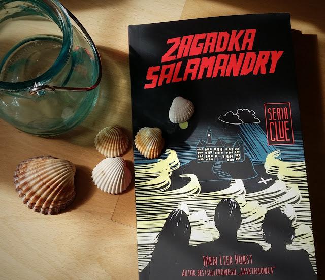 """Obudź w sobie detektywa. Recenzja """"Zagadki Salamandry""""  Jørna Liera Horsta."""