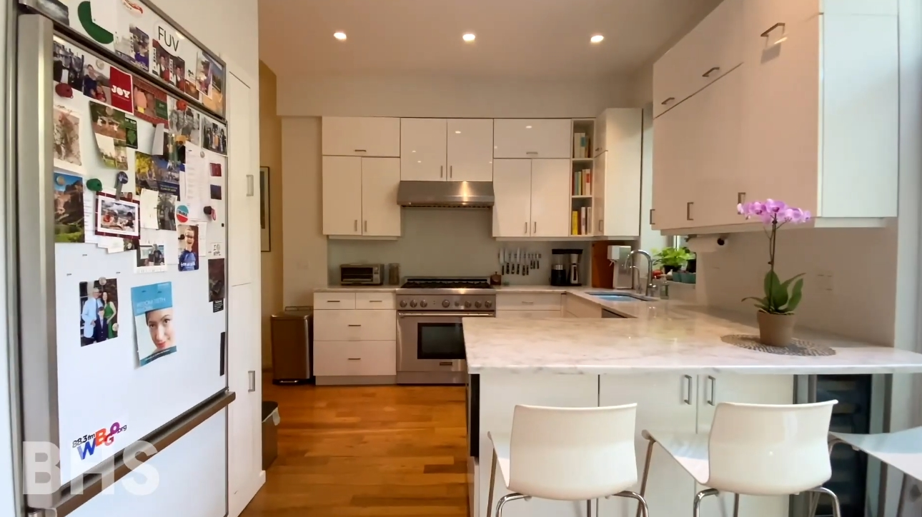 10 Photos vs. 362 State St, Brooklyn, NY Townhouse Interior Design Tour