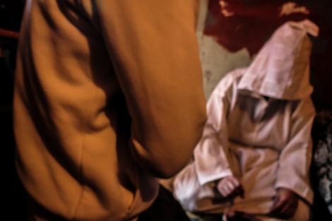 """الطلاسم والتعويذات و""""التوكال"""".. بضاعة سوق الشعوذة في المغرب"""