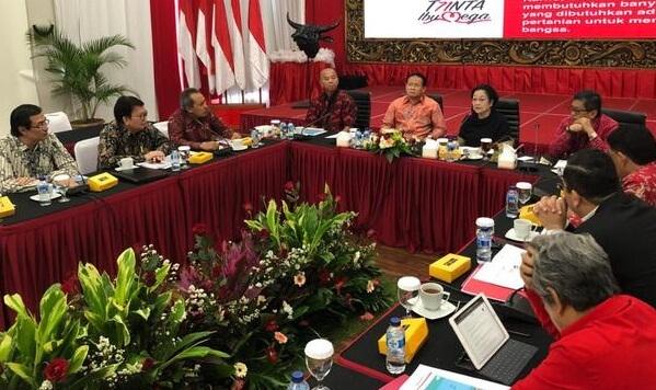 Dampak Positif Perkembangan IPTEK di Bidang Politik