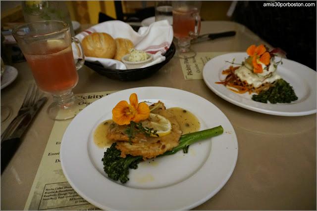 Platos Principales de Octubre en el Restaurante Pickity Place, New Hampshire
