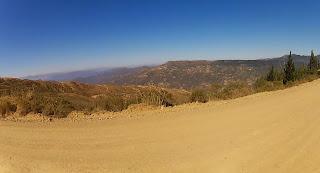 Uma bela cadeia de montanhas. Sob outro ângulo.