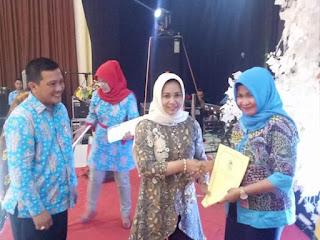 Dinas Pendidikan Kota Mojokerto Beri Penghargaan Pelajar, Guru dan Kasek Berprestasi