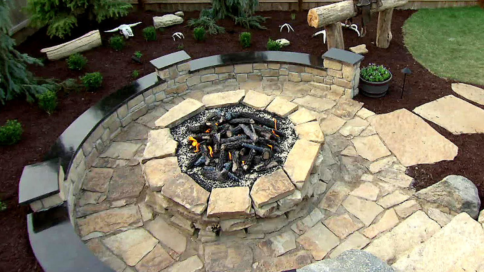 How To Dig A Fire Pit In Your Backyard - Fire Choices