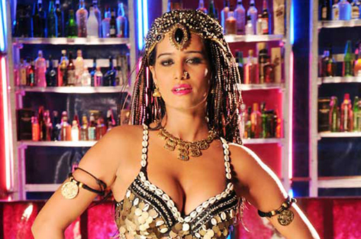 Poonam Pandey in item song from Love is Poison