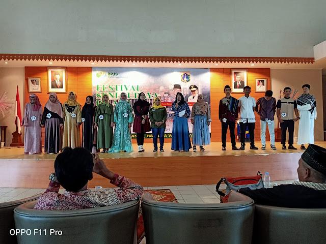 SMAN 110 Juara Peragaan Busana Festival Seni Budaya Islami 2019