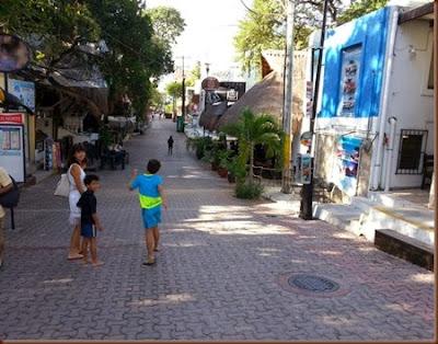 Quinta Avenida, Playa del Carmen, México