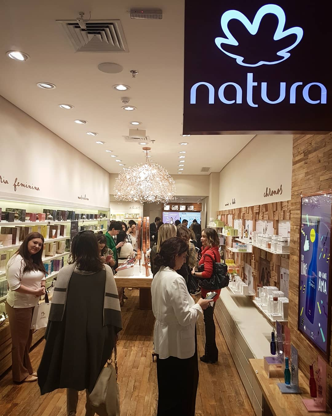 266fb59416 NATURA INAUGURA LOJA NO SHOPPING MUELLER