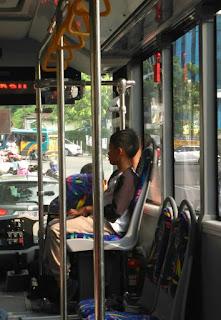 naik bis trans semarang