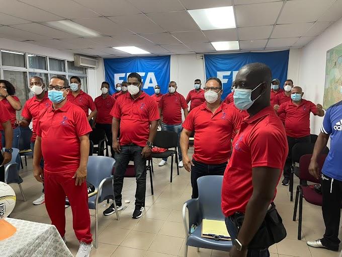 """INEFI inicia capacitación de tres días a docentes y directores regionales sobre """"Fútbol base teórico práctico"""""""