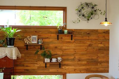 Cafe HANA(カフェ ハナ)壁の飾り