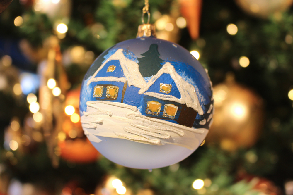 Blue house bauble at the Berlin Christmas markets - travel & lifestyle blog