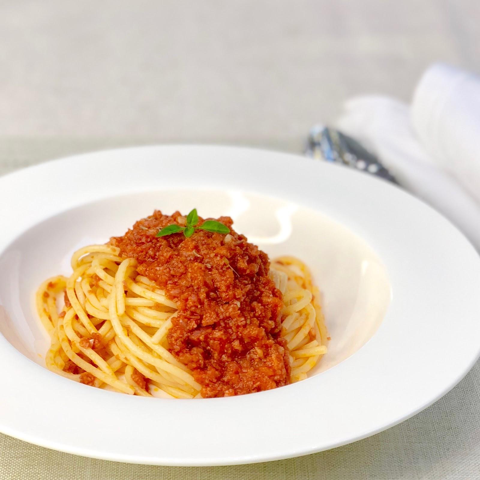 Espaguete à Calabresa
