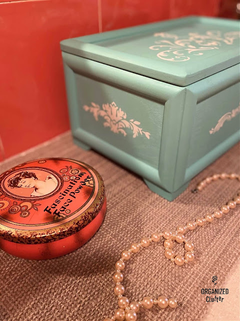 Photo of a painted and stenciled jewelry box.