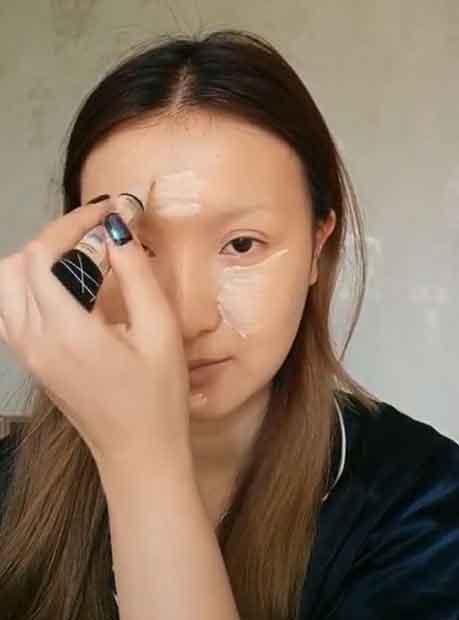 Transformasi Makeup menjadi Monalisa